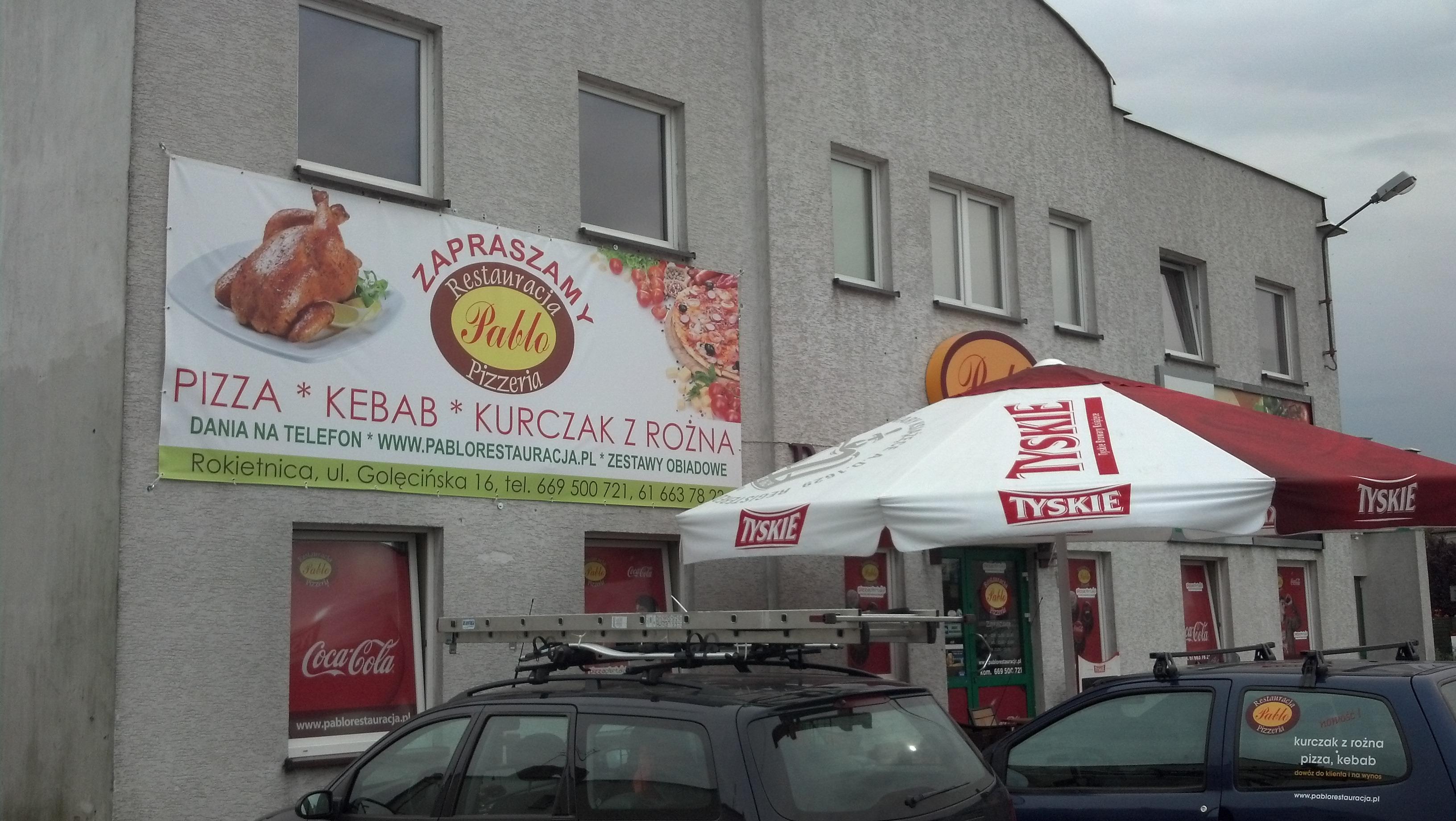 Restauracja, baner na ścianie