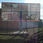 Baner i konstrukcja na stopie betonowej 2
